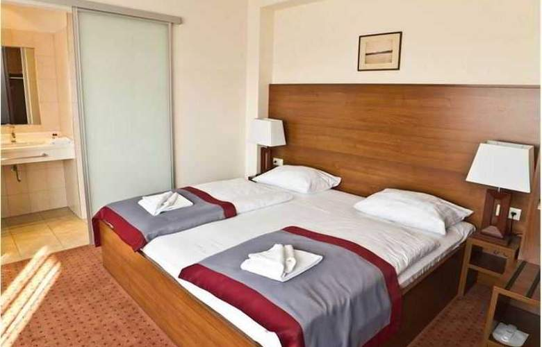 Ivbergs Hotel Berlin Messe - Room - 3