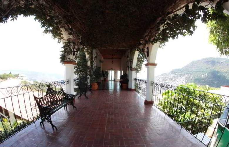 Montetaxco Resort & Country Club - Terrace - 28