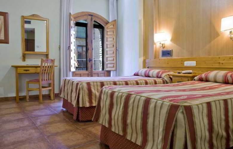 Real de Toledo - Room - 12