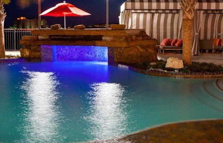 Courtyard Galveston Island Gulf Front - Hotel - 12