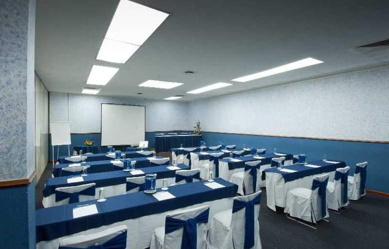 Vista Express Plaza del Sol - Conference - 10