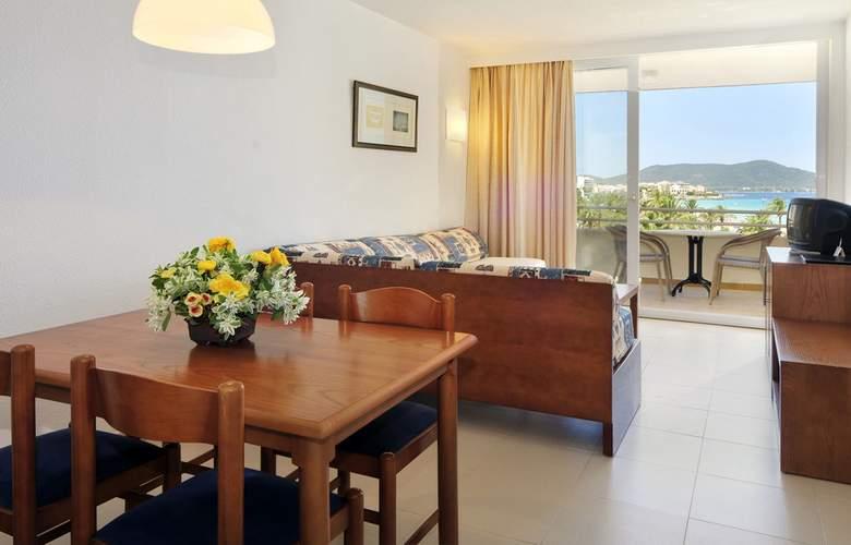 Hipotels Aparthotel Mercedes - Room - 2