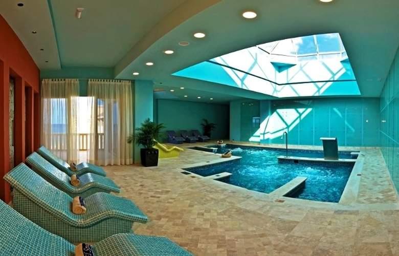 Iberostar Selection Rose Hall Suites - Spa - 6
