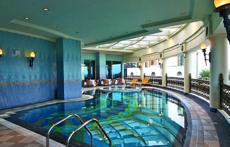Retaj Al Rayyan - Pool - 9