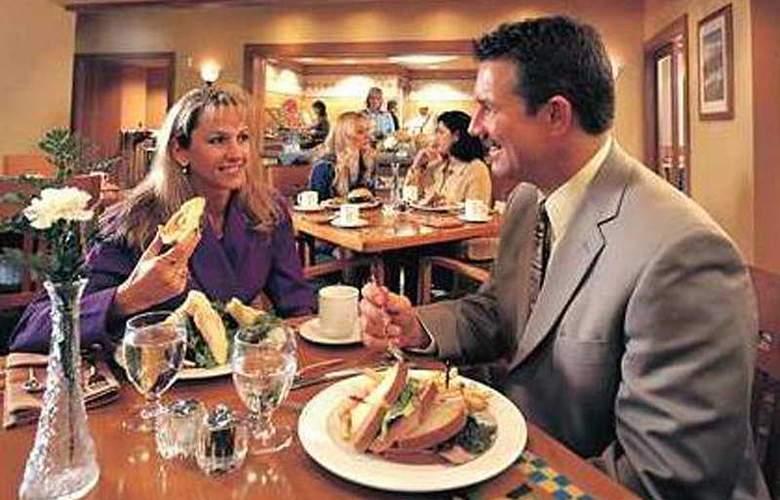 Hilton Anchorage - Restaurant - 5