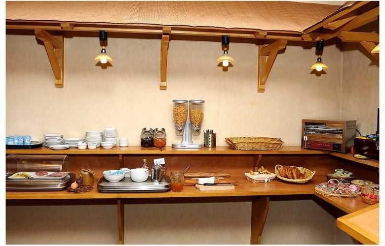 Logis de France Cantepau - Restaurant - 20