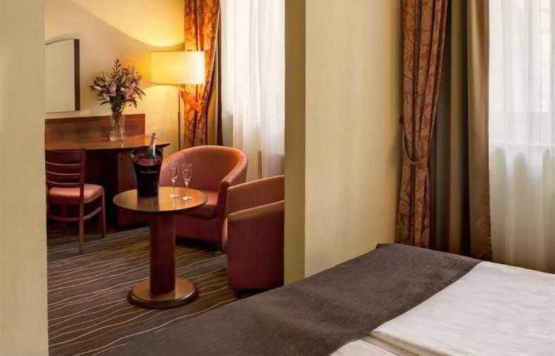 Luxury Family Hotel Bílá Labut - Hotel - 22