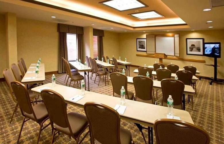 Hampton Inn Waldorf - Conference - 3