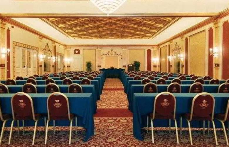 Regina Palace - Conference - 8