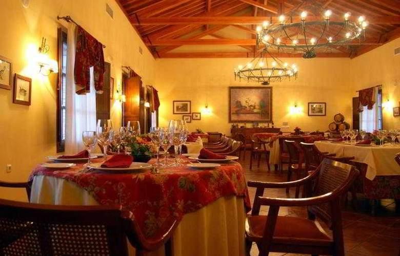 Rural Carlos Astorga - Restaurant - 10