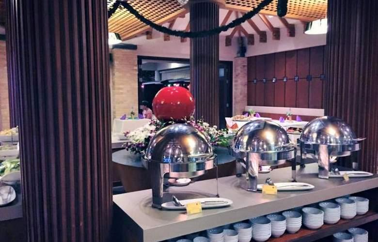 Weekender Resort - Restaurant - 32