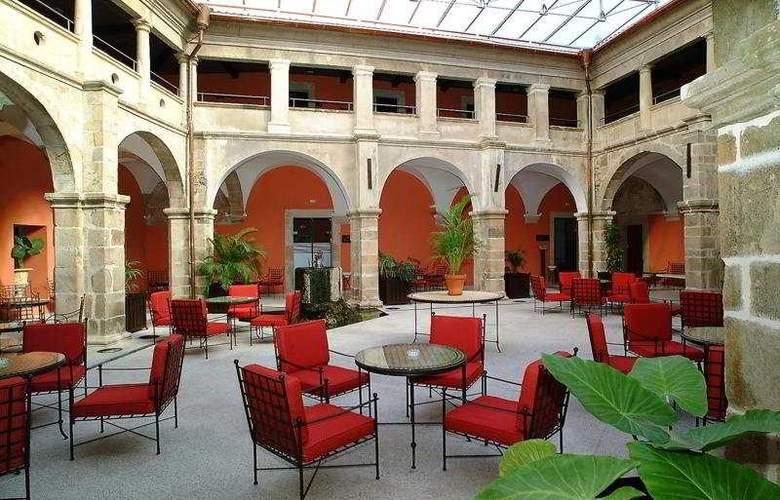 Izan Trujillo - Terrace - 4