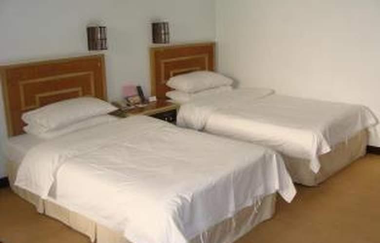 East Lake - Room - 7