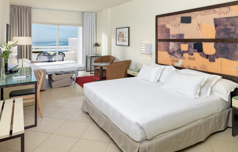 H10 Estepona Palace - Room - 2