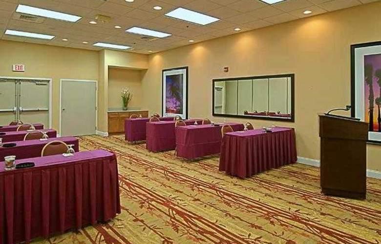 Courtyard Orlando Lake Buena Vista at - Hotel - 20