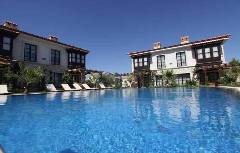Imren Han Hotel & Mansions - Pool - 3