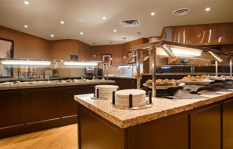 Best Western Brant Park Inn & Conference Centre - Restaurant - 112
