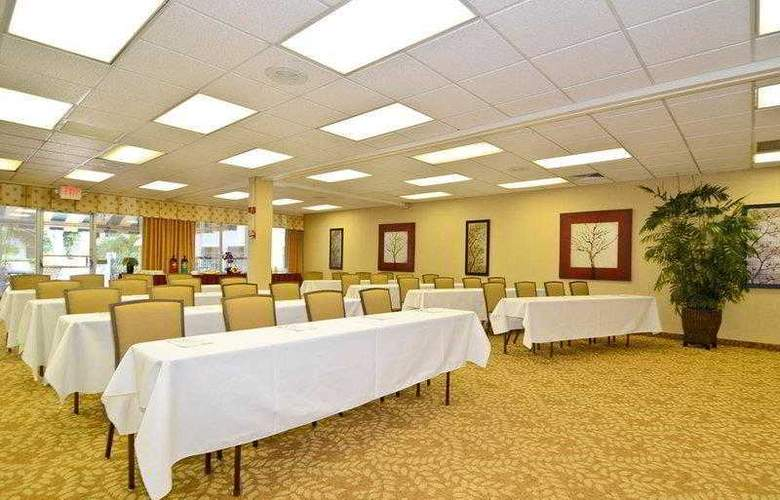 Best Western Plus Downtown Stuart - Hotel - 9