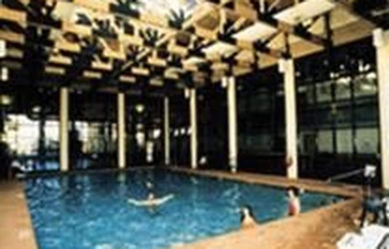 Best Western Ruby's Inn - Pool - 4