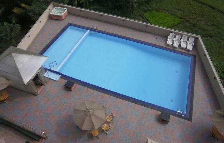 Devon - Pool - 6