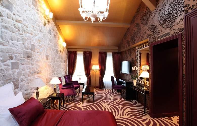 LE SQUARA - Hotel - 0