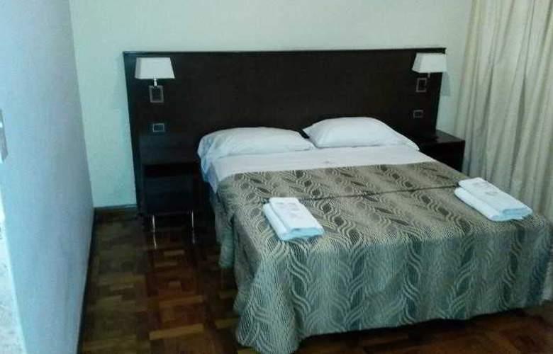 Tucuman Palace Hotel - Room - 4