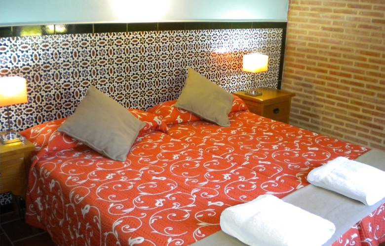 La Estancia - Villa Rosillo - Room - 16