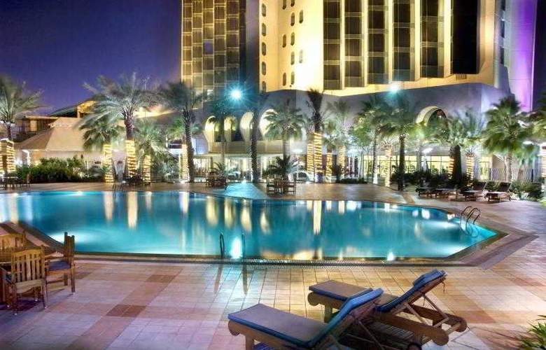 Sheraton Dammam Hotel & Towers - Pool - 27