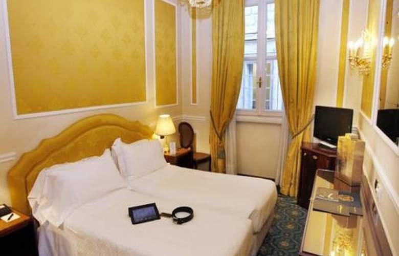 Bernini Palace - Room - 8