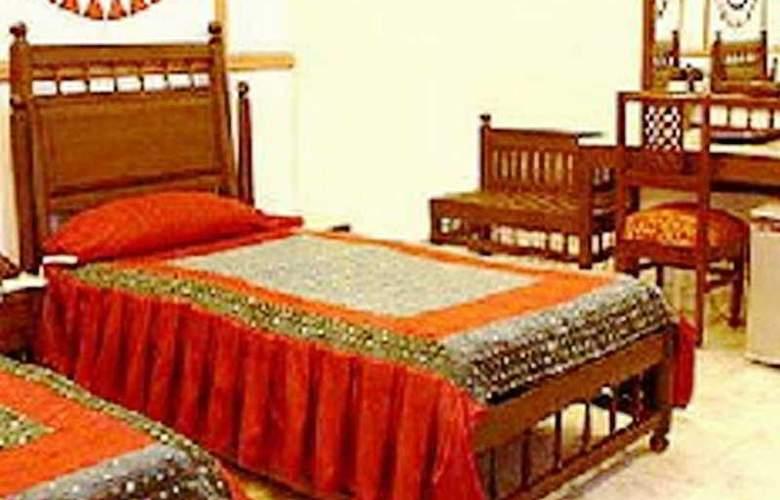 Vasundhara Palace - Room - 2