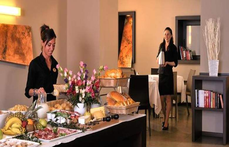 Best Western Metropoli - Hotel - 2