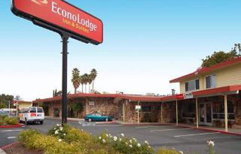 Econo Lodge  Inn & Suites Oakland Airport - Hotel - 0