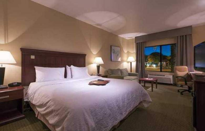 Hampton Inn Phoenix-Airport North - Hotel - 2