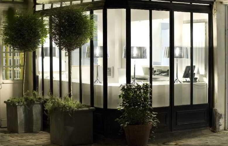 Design De La Sorbonne - General - 2