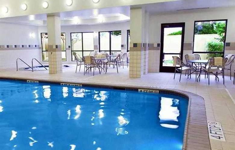 Courtyard Peoria - Hotel - 12
