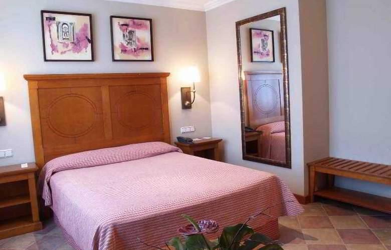 Pamplona Villava - Room - 2