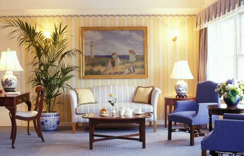 Disney's Newport Bay Club - Room - 7