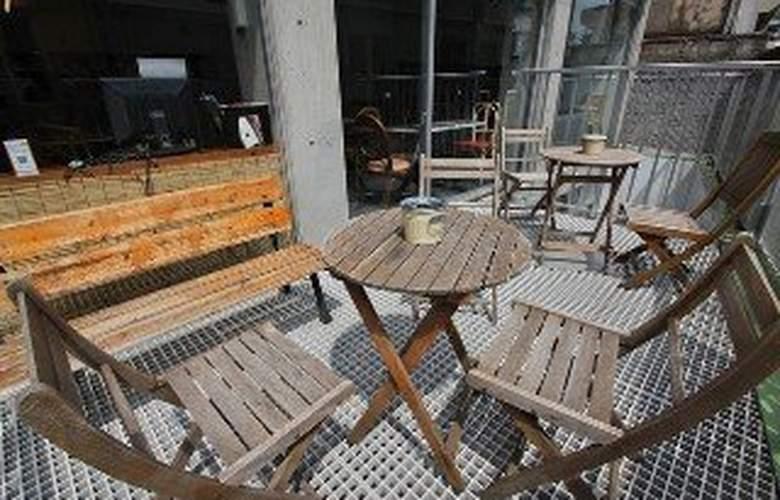 Sakura Hostel Asakusa - Terrace - 3