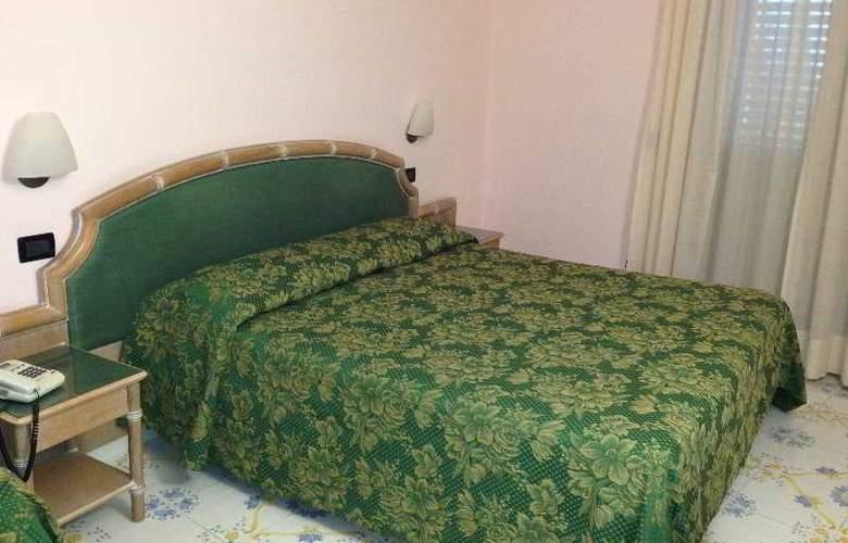 Terme Saint Raphael - Room - 0