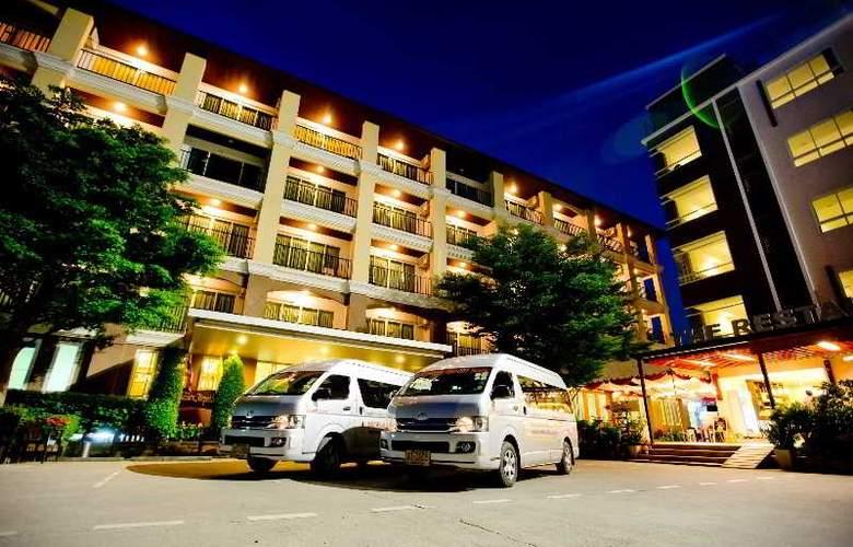 Sinsuvarn Airport Suite - Hotel - 10