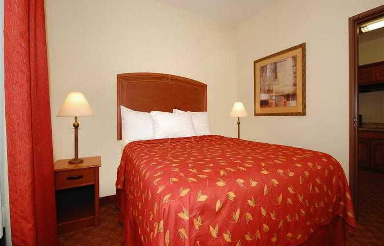 Best Western Plus San Antonio East Inn & Suites - Hotel - 48