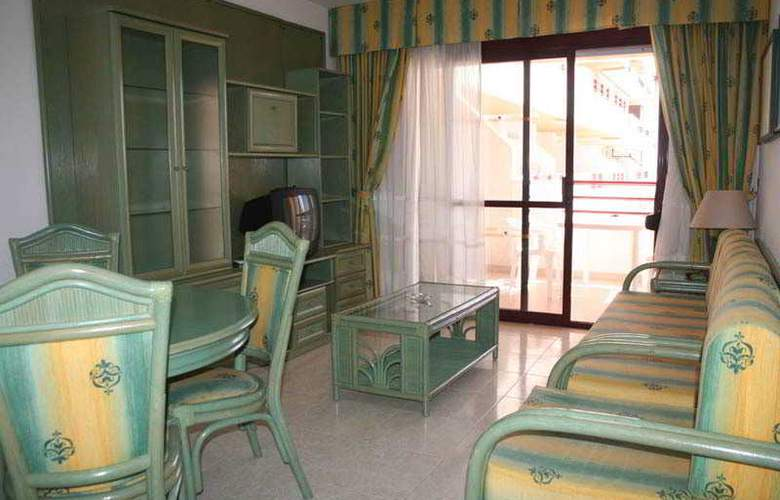 Esmeralda Apartamentos - Room - 4