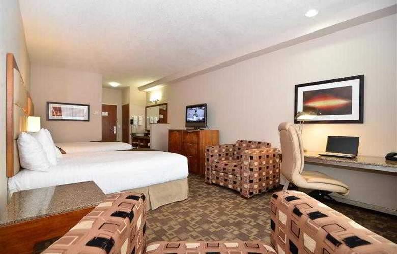 Best Western Peppertree Inn At Omak - Hotel - 4