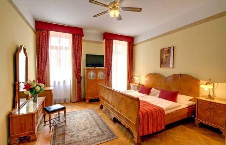 Mucha - Room - 19