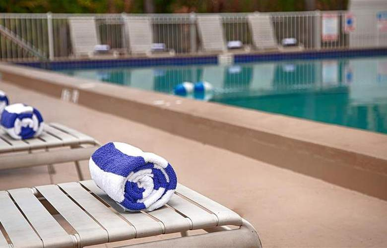 Best Western Fort Myers Waterfront - Pool - 68
