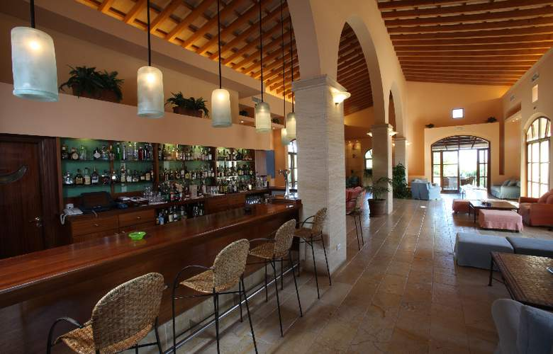 Sentido Pula Suites Boutique Resort - Bar - 22