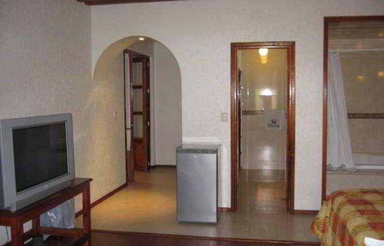 Puebla Plaza - Room - 3