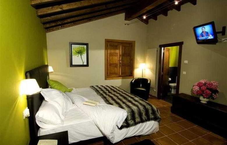 El Coto - Room - 6