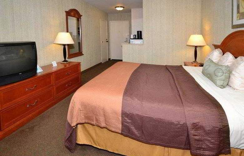 Best Western Airpark Hotel - Hotel - 14