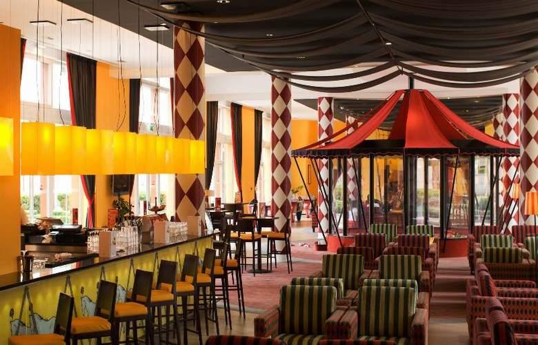 Vienna House Magic Circus Paris - Restaurant - 9